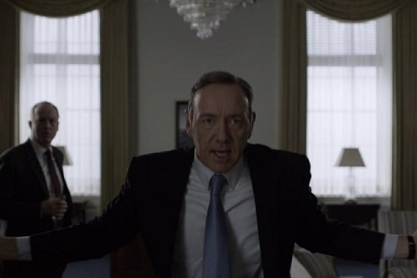Titulky k House of Cards S02E04 - Chapter 17
