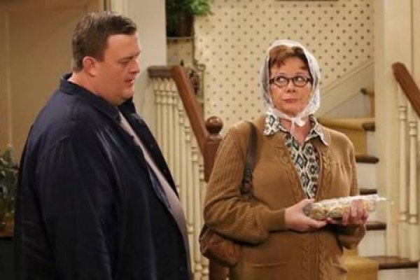 Titulky k Mike and Molly S04E10 - Weekend at Peggy's