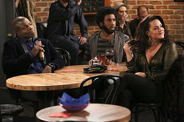 Titulky k Mike and Molly S04E13 - Open Mike Night
