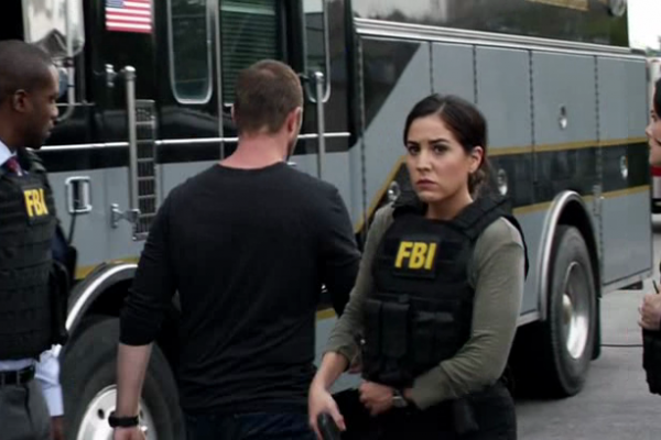 Titulky k Blindspot S01E05 - Split the Law