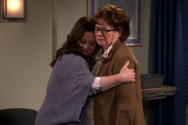 Titulky k Mike and Molly S06E03 - Peg O' My Heart Attack