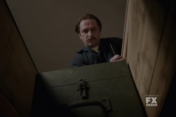 Titulky k The Americans S02E02 - Cardinal