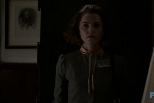 Titulky k The Americans S02E06 - Behind the Red Door