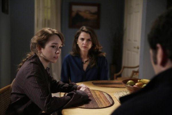 Titulky k The Americans S03E10 - Stingers