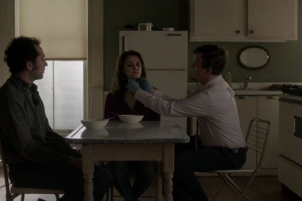 Titulky k The Americans S04E04 - Chloramphenicol