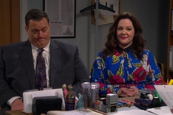 Titulky k Mike and Molly S06E11 - The Adoption Option
