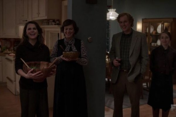 Titulky k The Americans S04E11 - Dinner for Seven