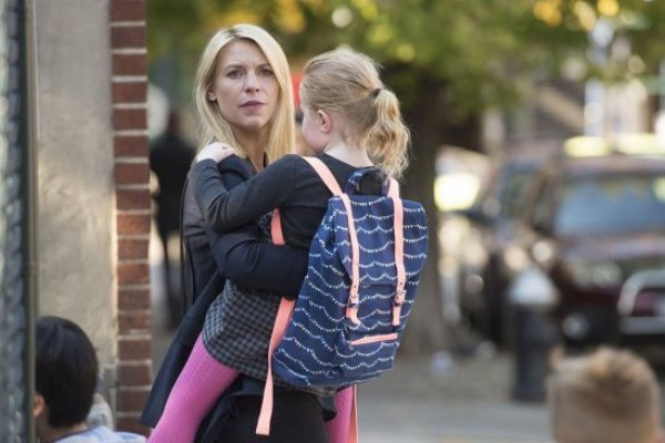 Titulky k Homeland S06E04 - A Flash of Light