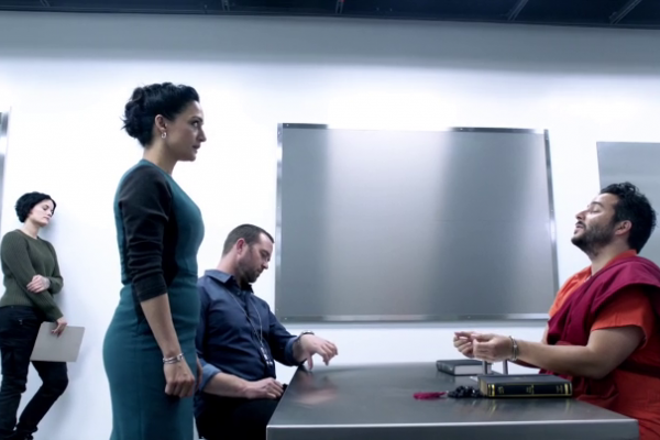 Titulky k Blindspot S02E14 - Borrow or Rob