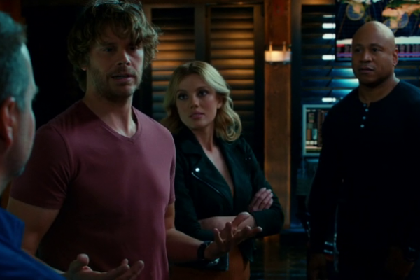 Titulky k NCIS: Los Angeles S08E11 - Tidings We Bring