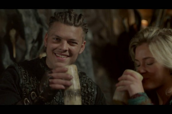Titulky k Vikings S05E11 - The Revelation