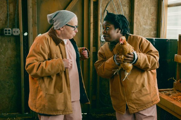 Titulky k Orange Is the New Black S07E08 - Baker's Dozen