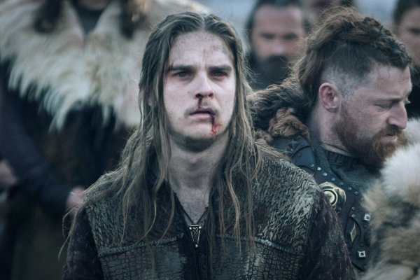 Titulky k Vikings S06E08 - Valhalla Can Wait