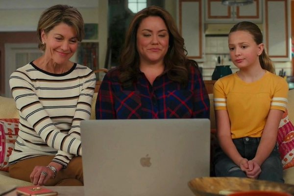 Titulky k American Housewife S05E10 - Getting Frank with the Ottos